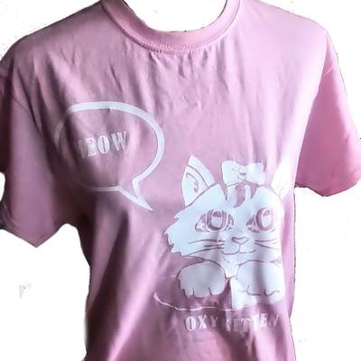 """""""This is 40"""" themed teeshirt - oxykitten print on pink tee"""