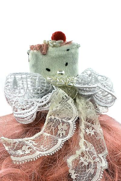 wedding cake white headband back closeup