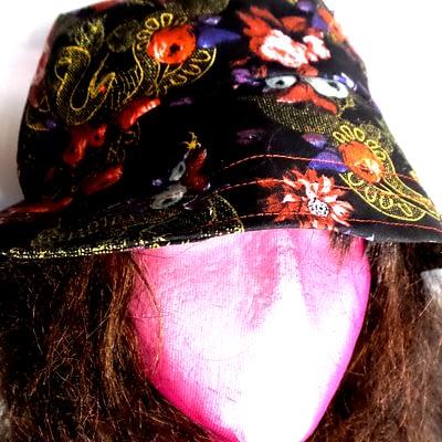 spiderrosebuckethat